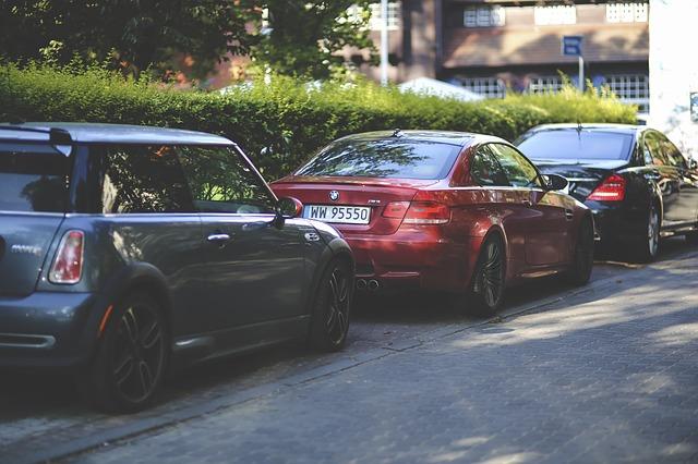 samochody na sprzedaż